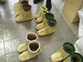 01わら靴.jpg